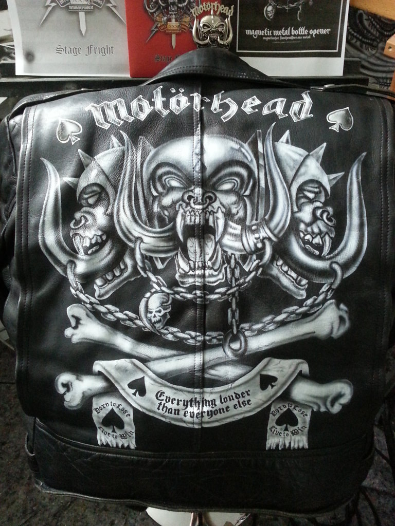 motoerhead-logo-on-leatherjacket.jpg